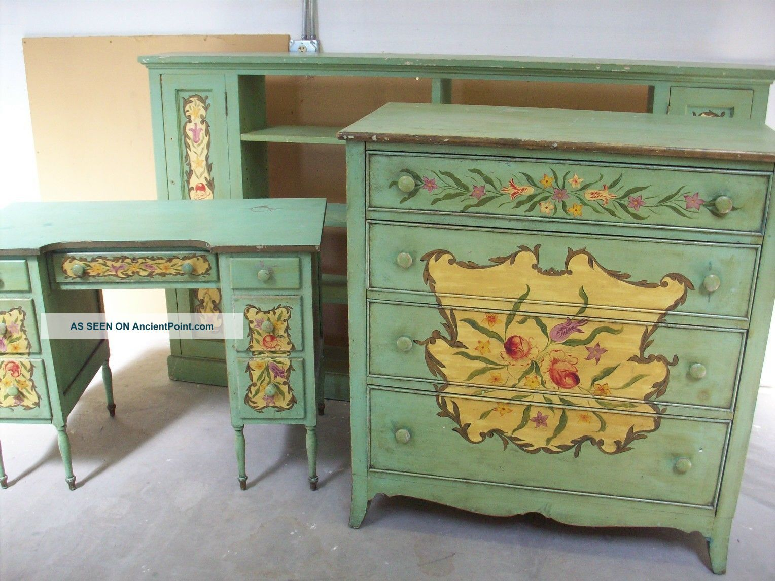 1910 Bedroom Furniture Styles Victorian Bedroom Set Carved Tole Painted 1890 1910 Childs Cottage Victorian Bedroom Set Cottage Furniture Victorian Bedroom