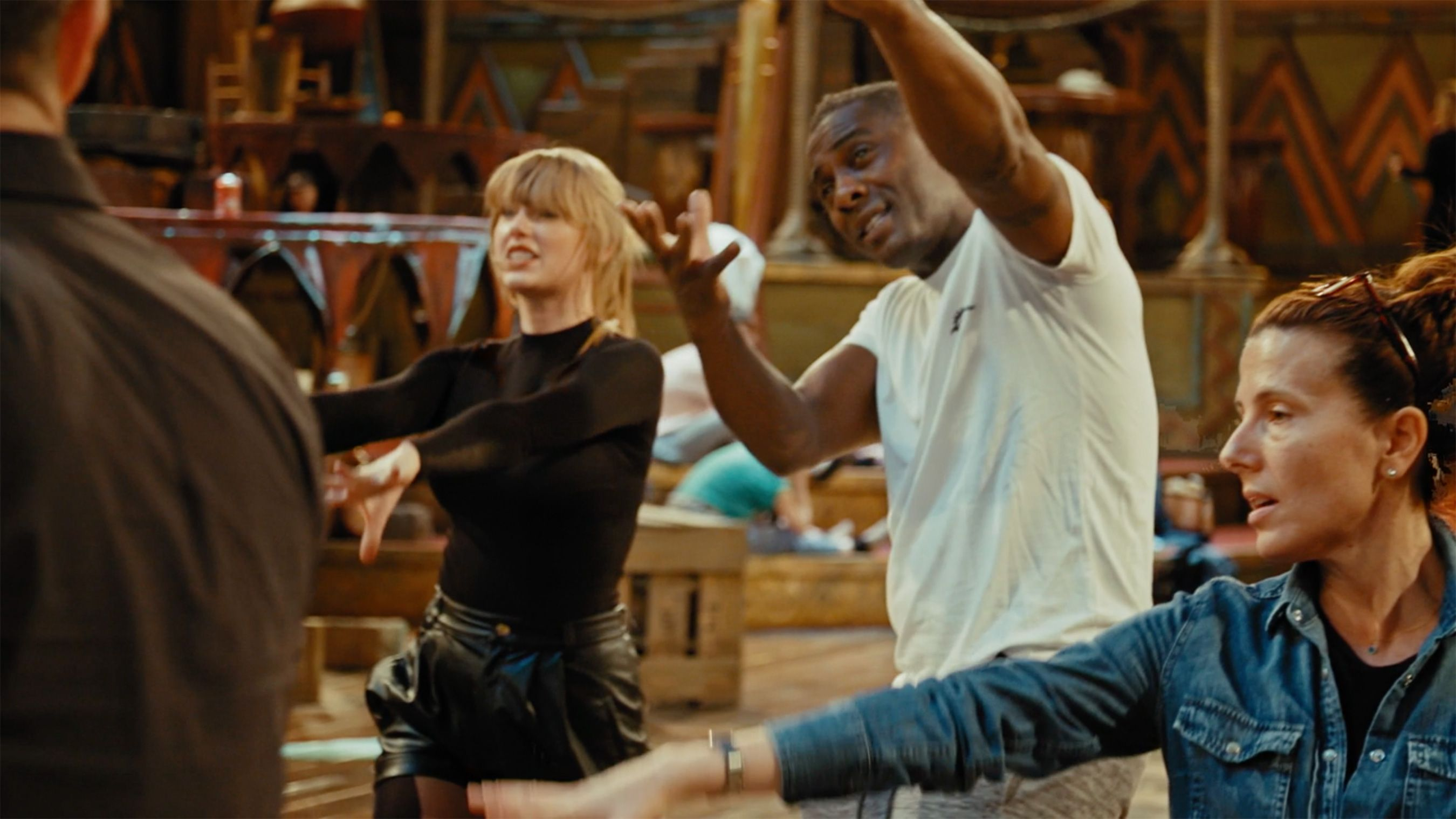 See Taylor Swift and Idris Elba Dance Together in First