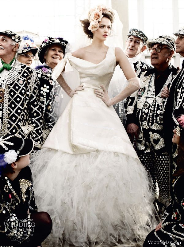 The royal wedding issue vivienne westwood wedding dress vogue the royal wedding issue junglespirit Choice Image