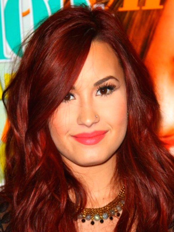 Demi Lovato red hair color formula Matrix Formula: 3 oz. 5VR + ½ oz. 3VR + 1 oz. SoRed RV + 20-volume developer + ½ oz. Olaplex 1. Apply color formula from root to end.