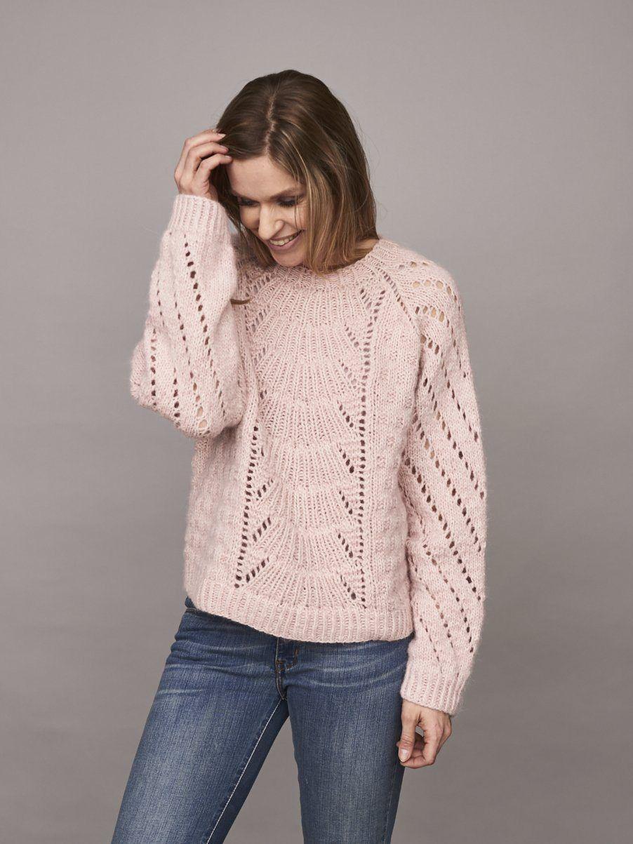 16bc717a5a3d8 Free Pattern · Magnum sweater