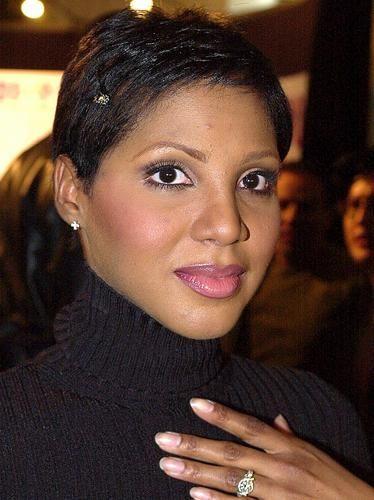 Toni Braxton Short Hairstyles New Haircutz