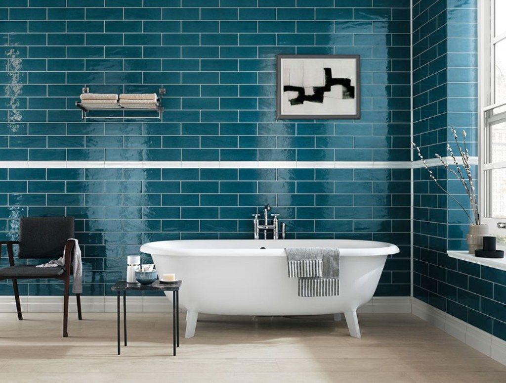 Decoration, Green Brick Wall Tiles With Elegant Clawfoot Bathtub For ...