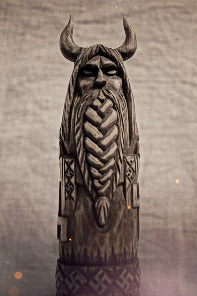 Pin By Rosangela Souza On Viking Wood Carving Wood
