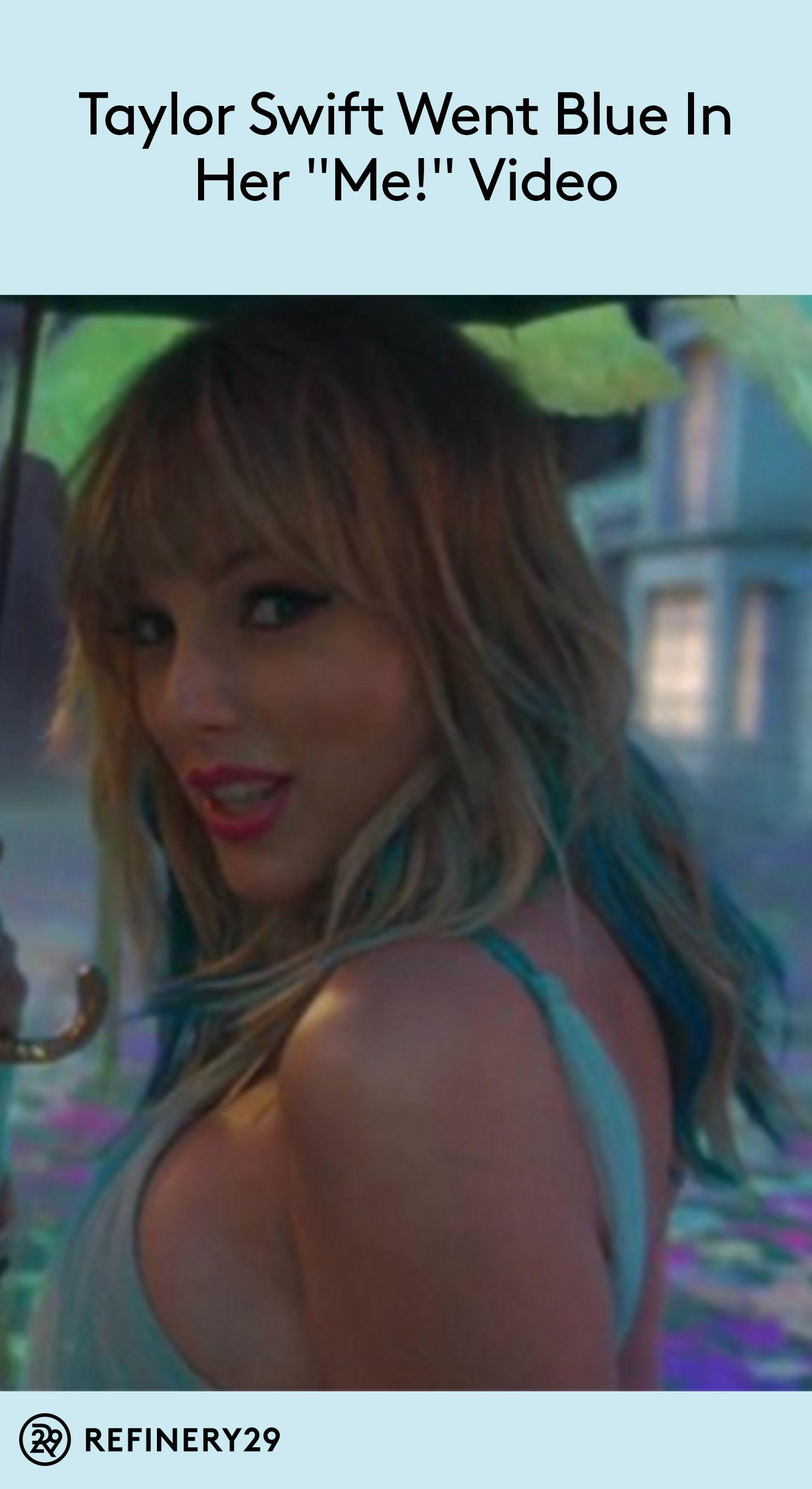 Taylor Swift Went Blue In Her Me Video Fans Are Freaking Out Taylor Swift Hair Taylor Swift Hair Streaks