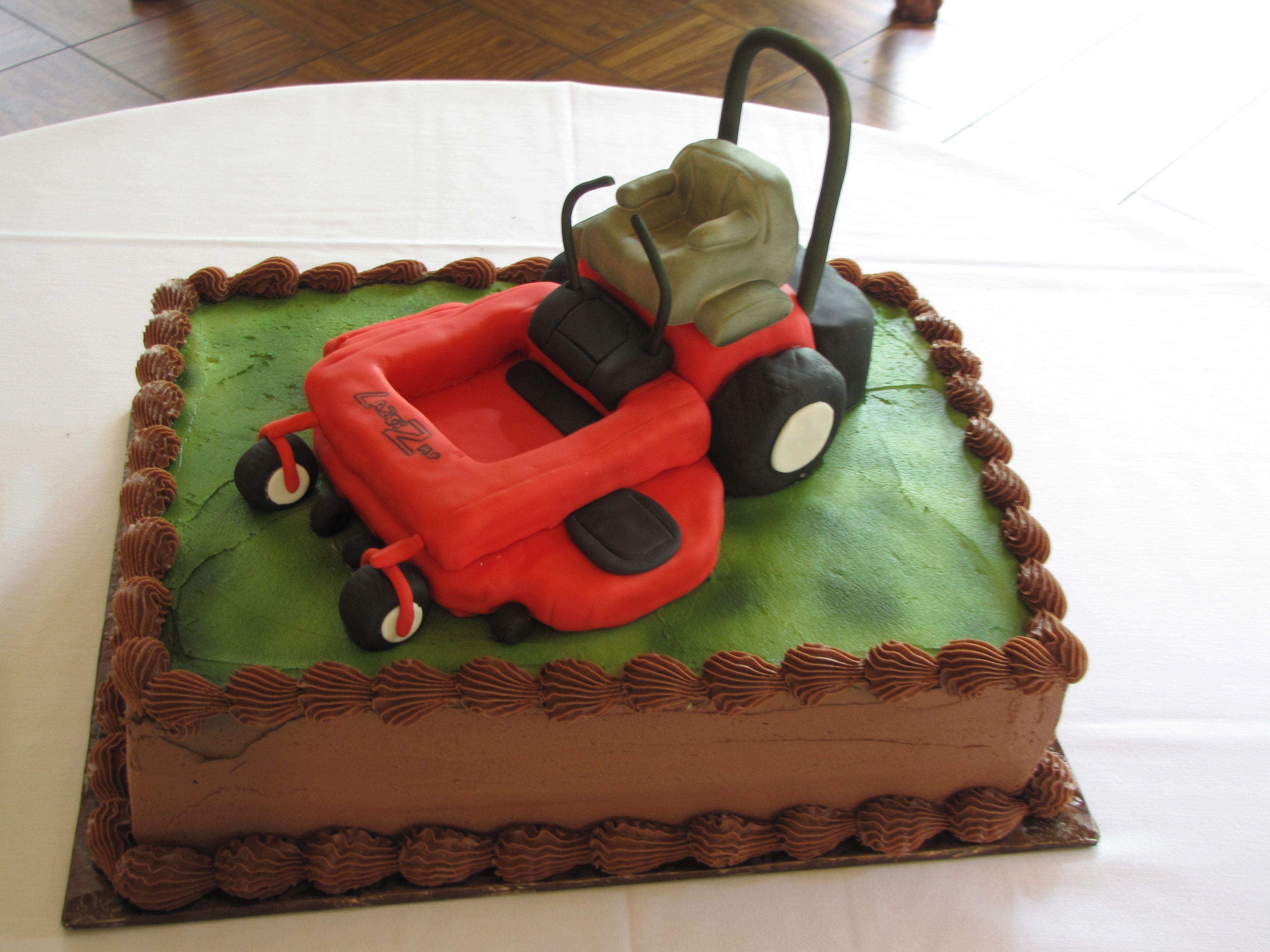 Lawnmower Groom's Cake | Lawn mower cake, Grooms cake, Cake