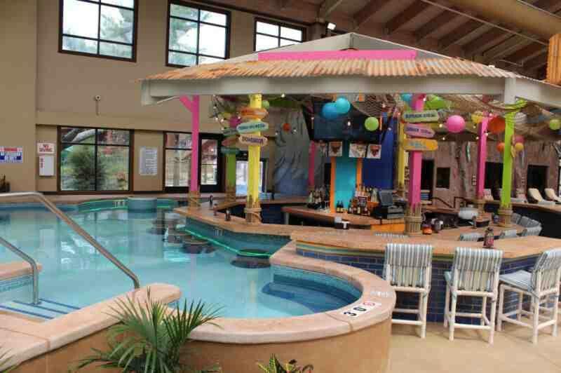Margarita S Swim Up Bar At Wilderness Swim Up Bar Wisconsin Dells Outdoor Decor