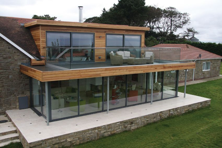 Pin By Mary Martin On Midmodredux Flat Roof Extension House Exterior Roof Extension