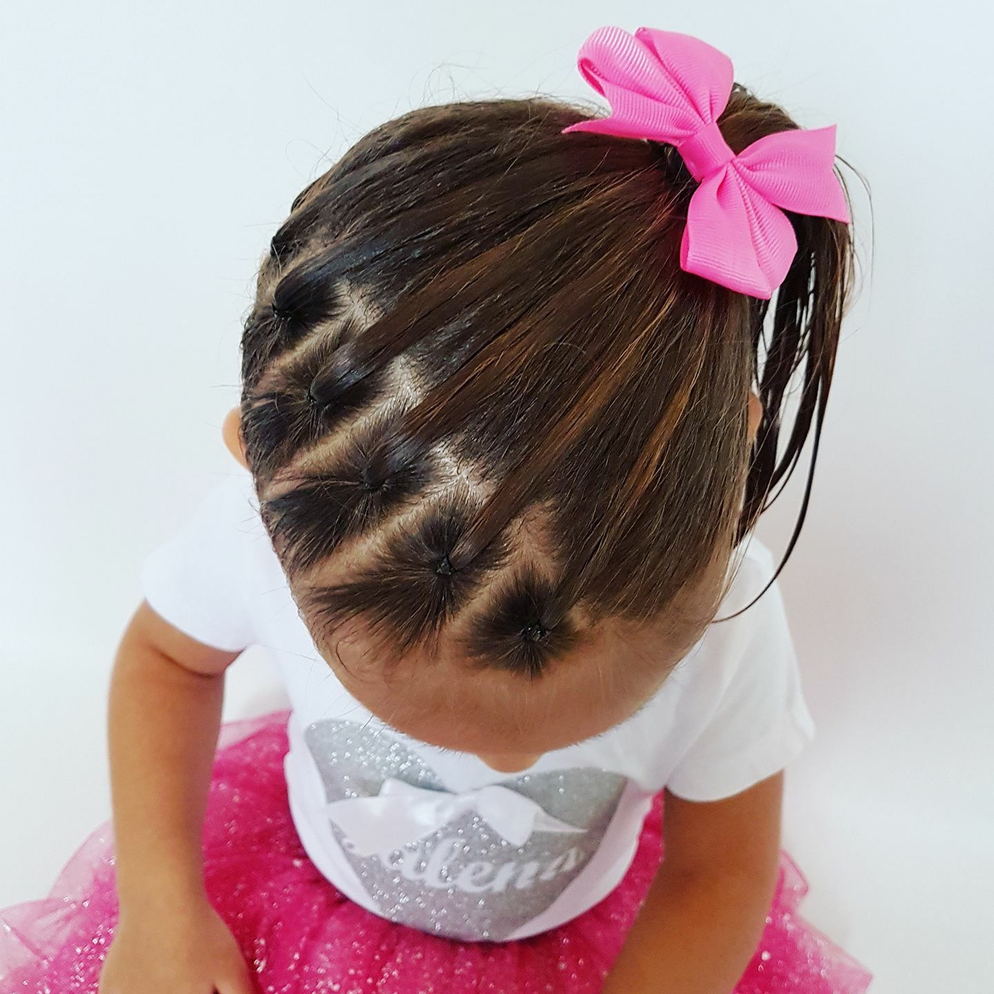 Pin By Darian A Acuna On Haartjes Toddler Hairstyles Girl Hair Styles Girl Hair Dos