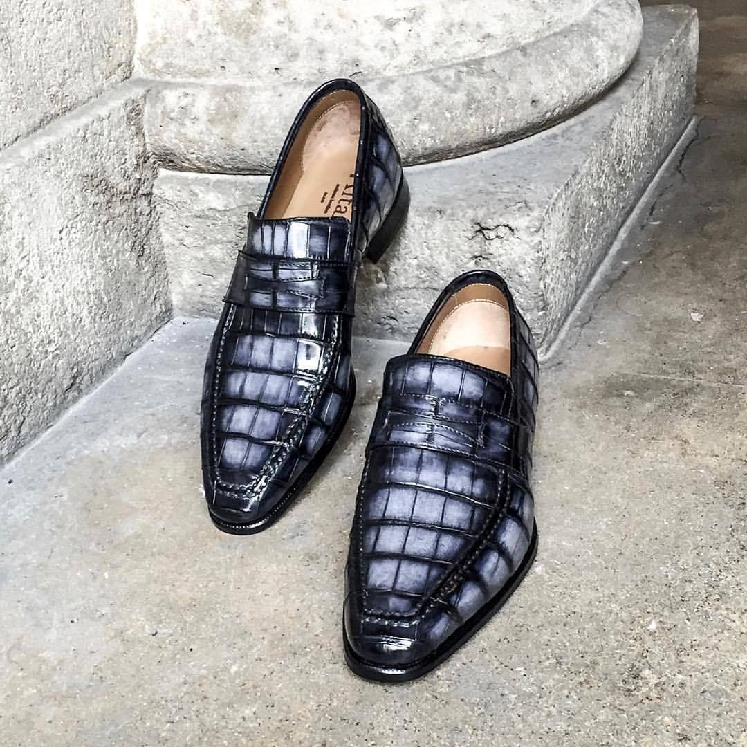 d4090b20e3dcb0 Altan Bottier Artisans Bottiers à Paris — The Lincoln loafer once ...
