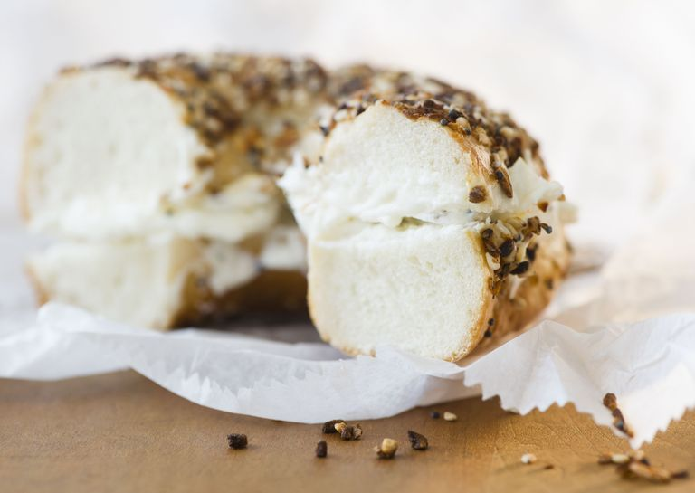How to Make Bagels Healthier for Your Diet #eggnutritionfacts