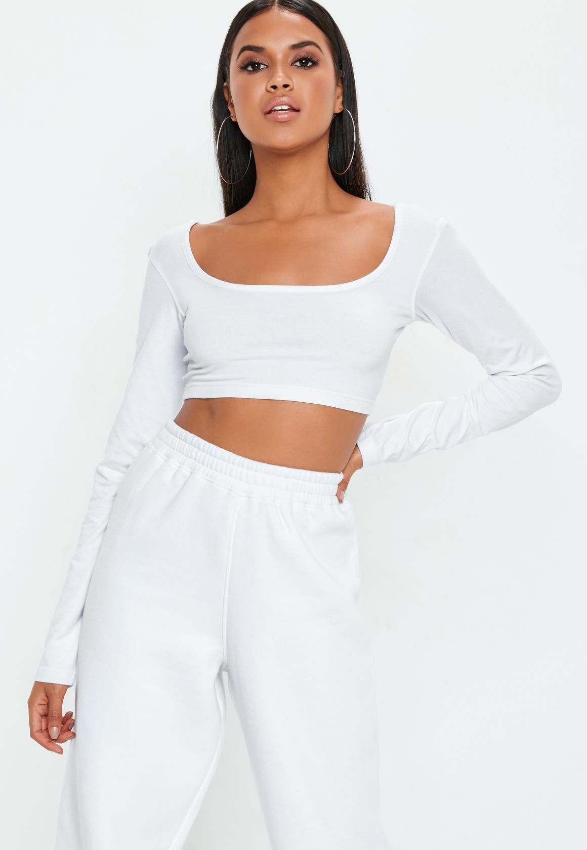 6c3041c324586 Missguided - White Long Sleeve Scoop Neck Crop Top