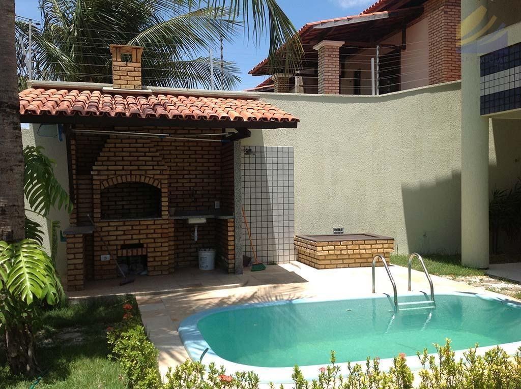 Churrasqueira com piscina pesquisa google jardins for Fotos de patios de casas pequenas