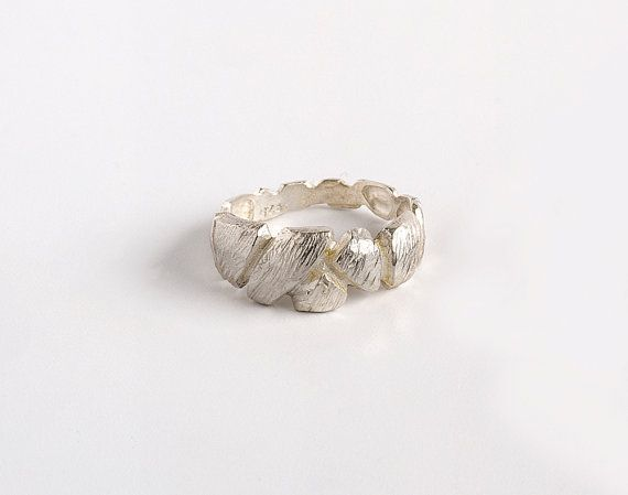 Faceted Ring Sterling Silver Ring Textured Ring door CONTOURstudio