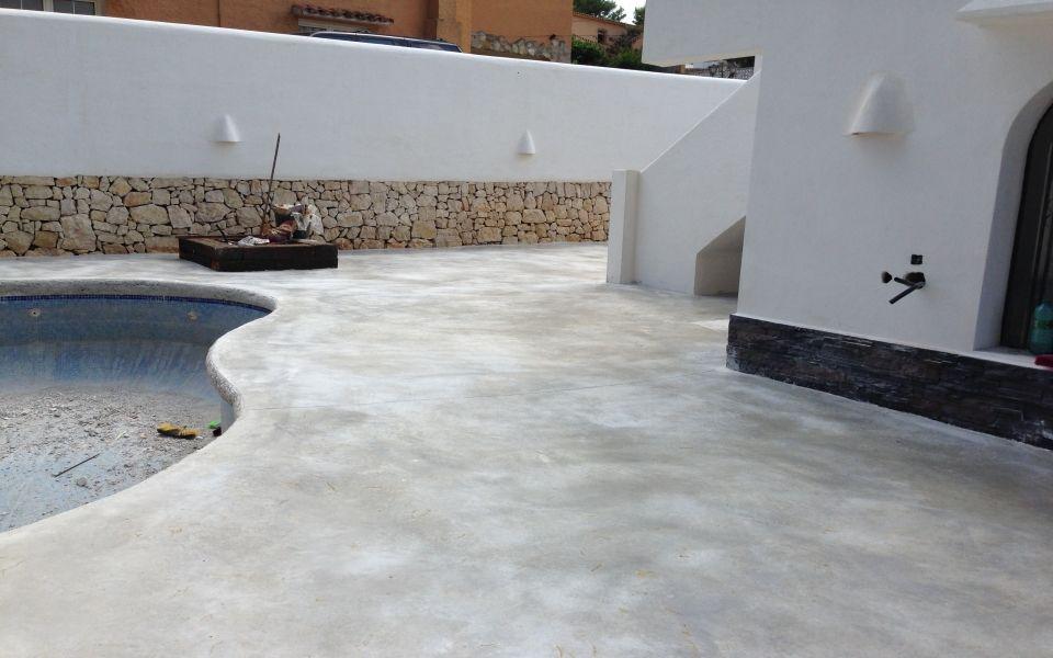 Paviimpres galeria microcemento hormi for Hormigon encerado sobre suelo de baldosas
