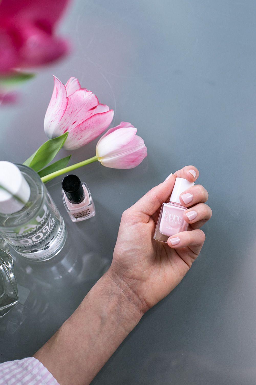 Non Toxic Nails | 2 Nail polish brands & 100% natural nail polish ...