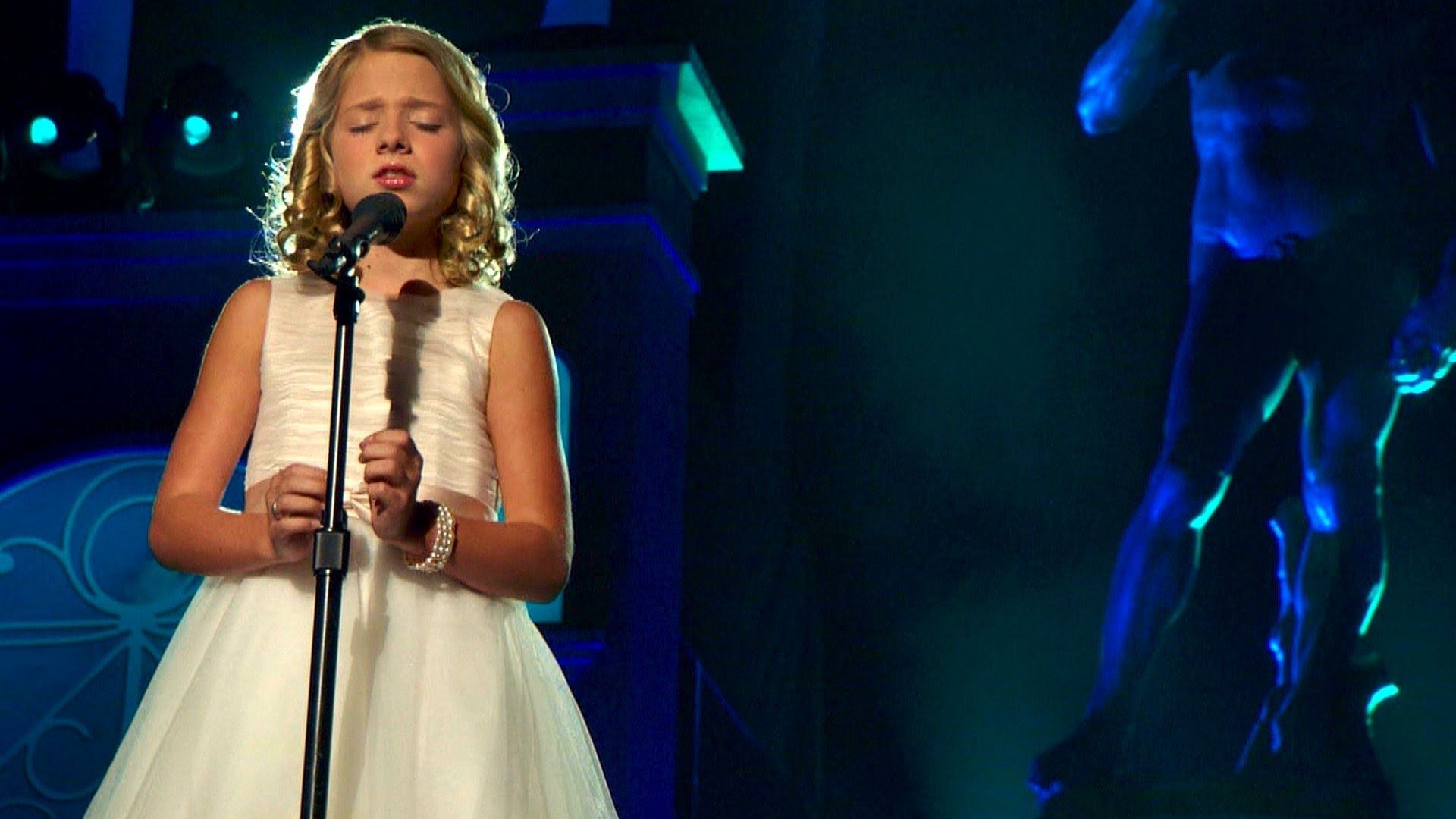 Jackie evancho imaginer feat conrad tao hd music songs hexwebz Gallery