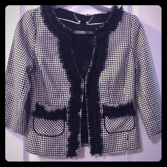 🛍 1-Day SALE💕 WHBM bouclè jacket blazer. EUC WHBM bouclè jacket. Chanel inspired. White and black. White House Black Market Jackets & Coats