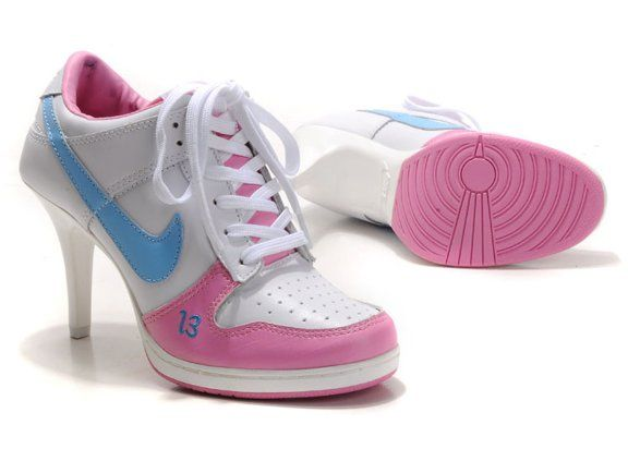 Nike 2012 Heels Dunk Low Womens Shoes New White Pink