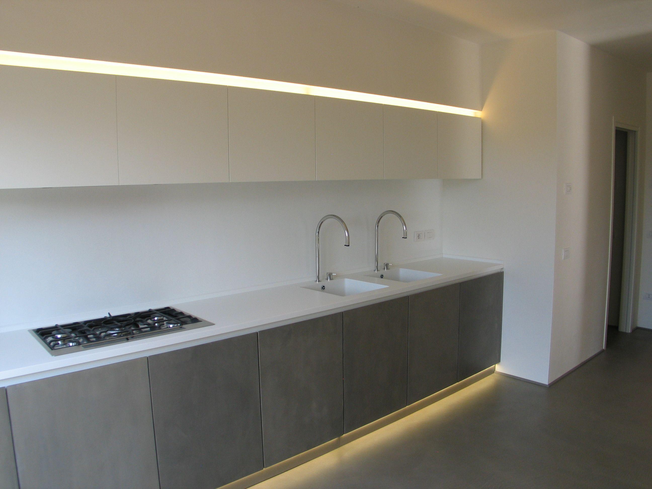 #cucina #design #corian #glacierwhite #led #oltremateria #ecomalta #pianogas