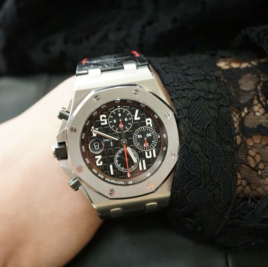 I 39 m flesh and blood but not human audemars piguet 42mm royal oak offshore also known as the for Royal oak offshore vampire