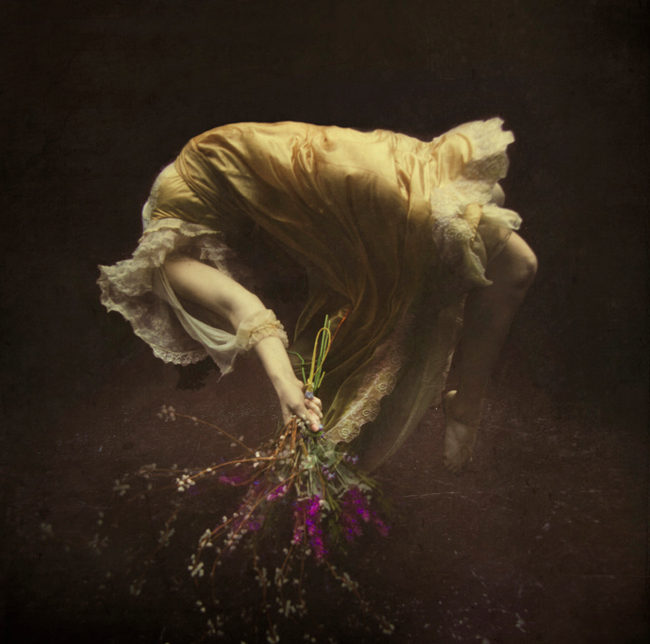 Beyond the Realm of Brooke Shaden Photography | Abduzeedo Design Inspiration & Tutorials