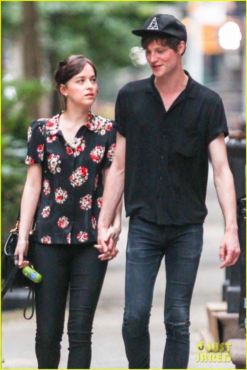Dakota Johnson & Boyfriend Matthew Hitt Hold Hands for NYC ...