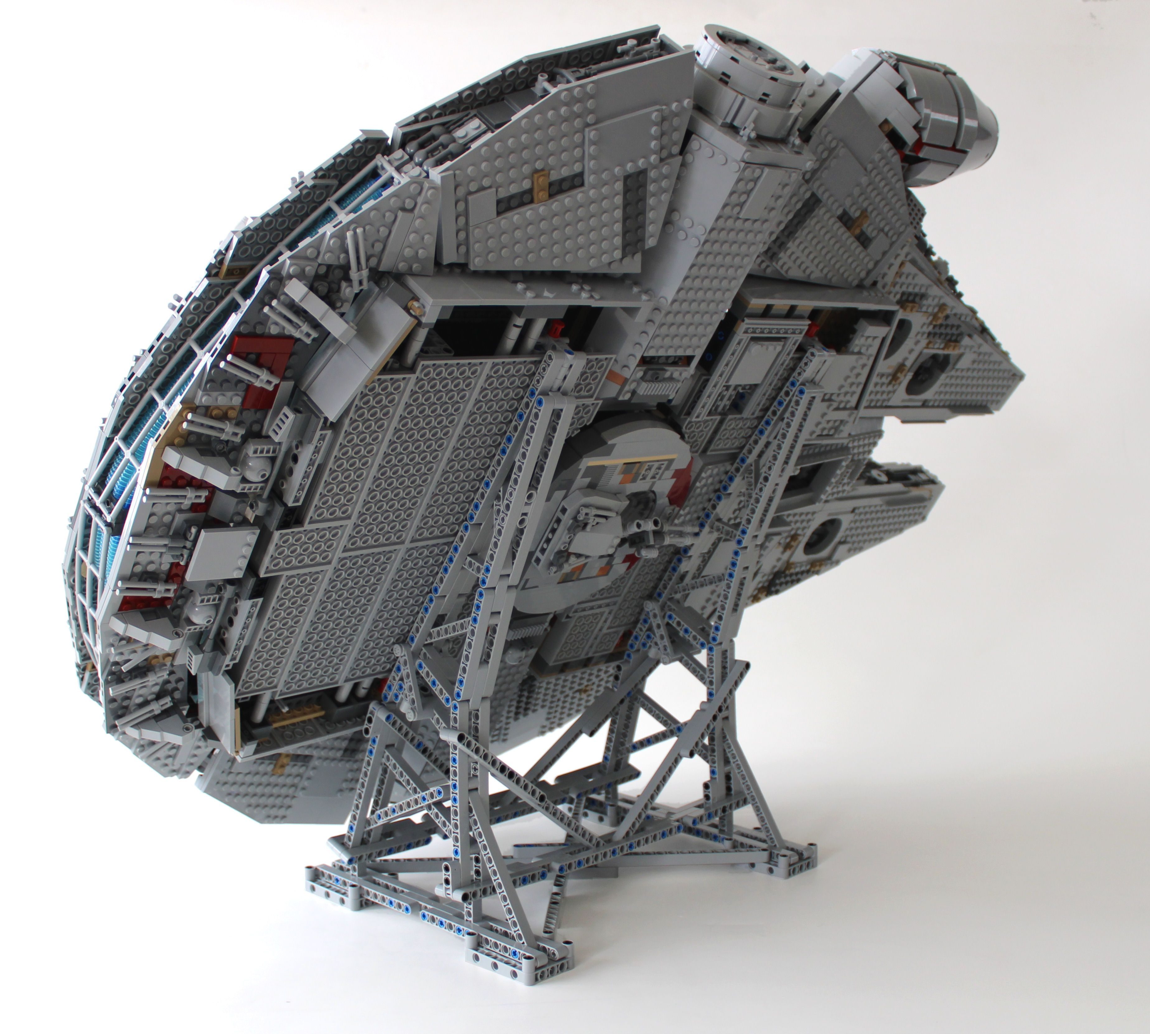 Photo of LEGO: Efferman's Vertical Stand