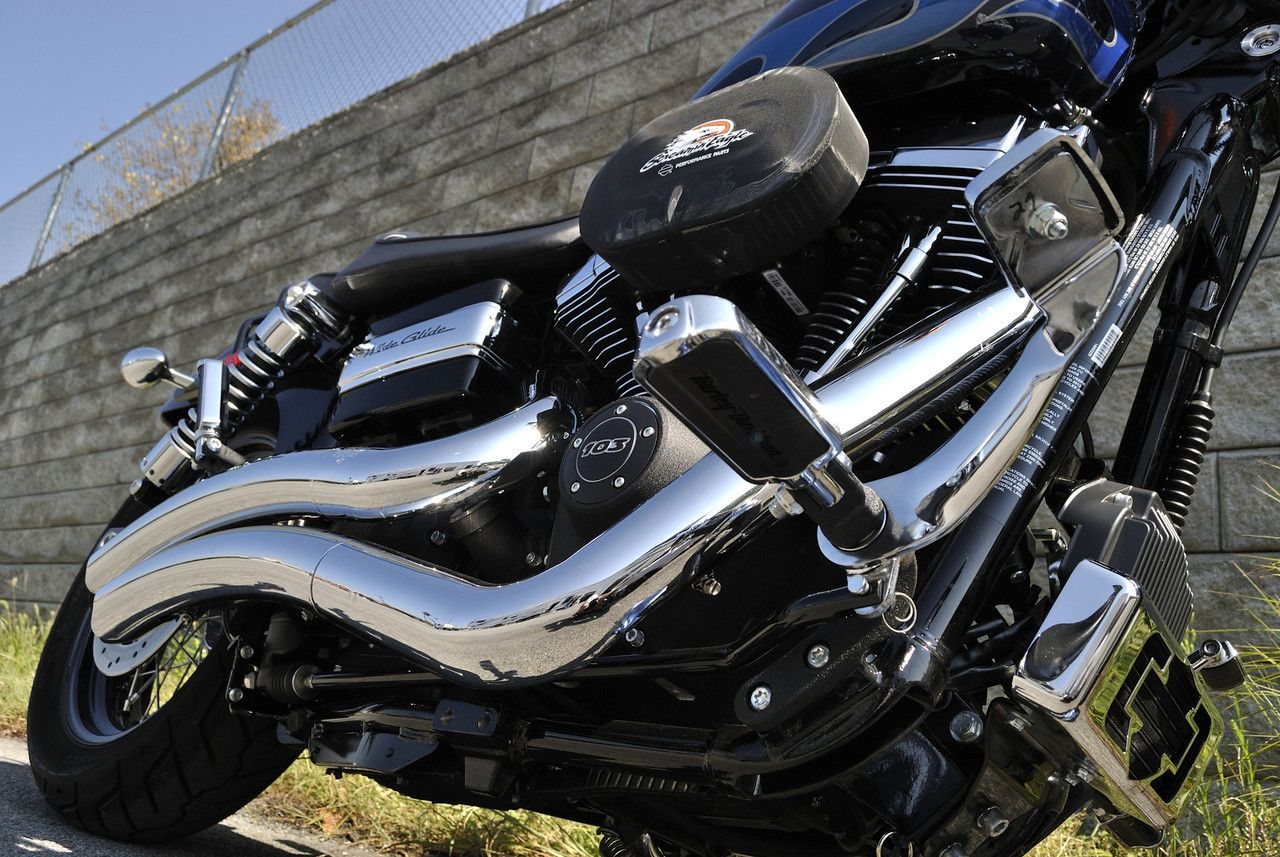 CHROME AND STEEL: SHE RIDES | Chrome, Steel and Harley davidson