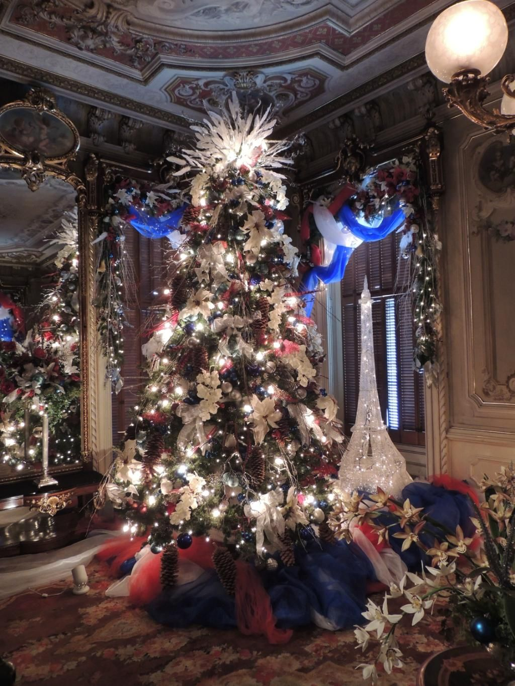 Victoria Mansion Christmas 2020 Victoria Mansion | Christmas world, Royal christmas, Christmas