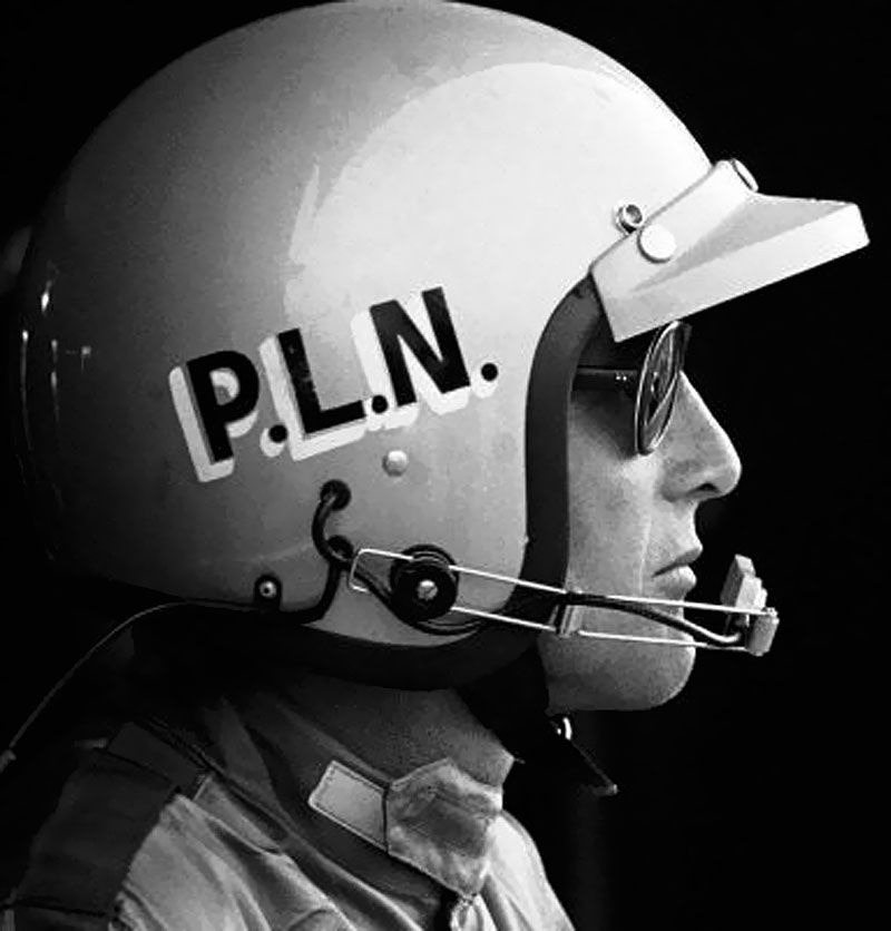 Paul Newman Race Car Driver With Images Paul Newman