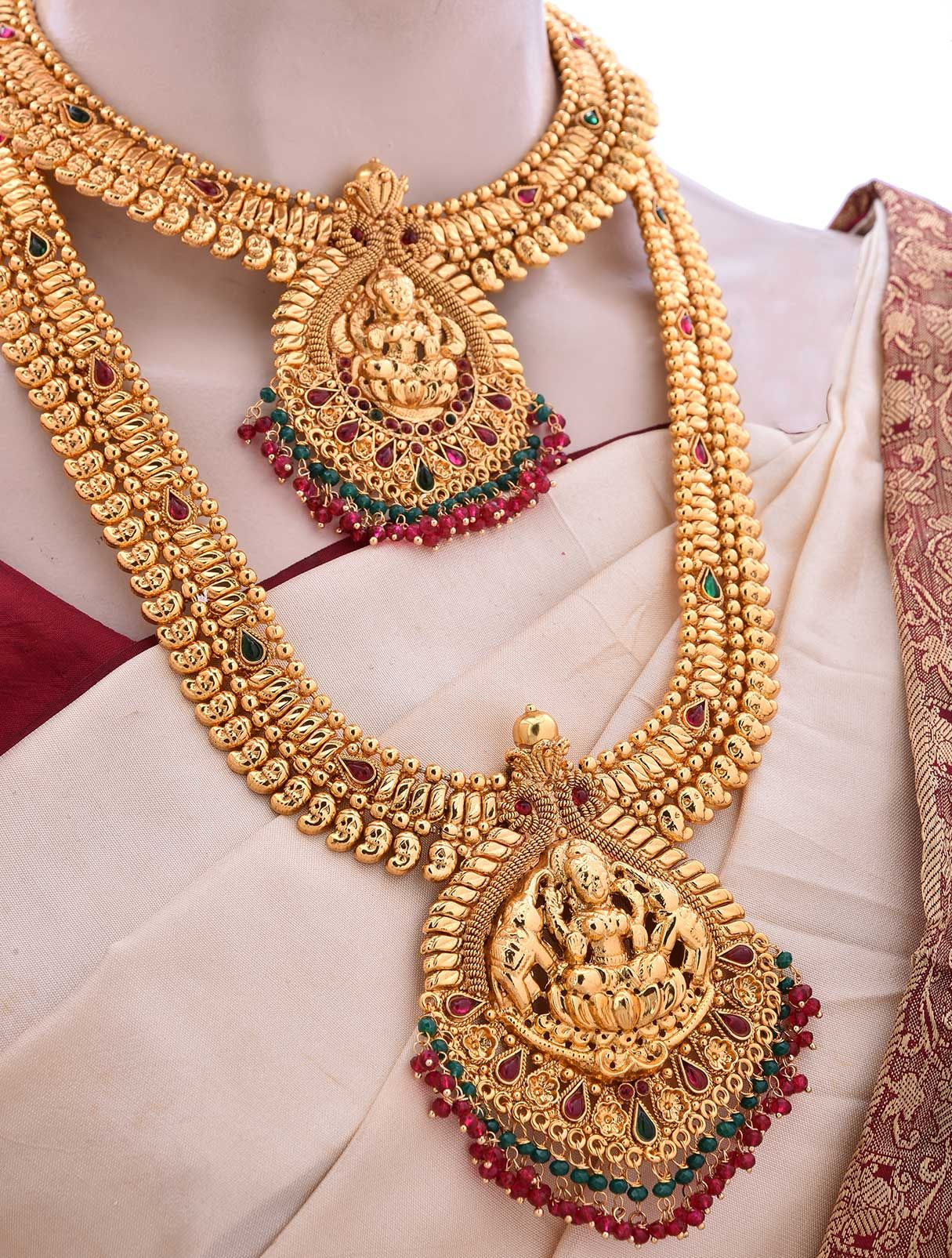 Rent Marriage Bridal Jewellery Set With Pink Kemp Stones Online Free Delivery And Pick Bridal Gold Jewellery Designs Gold Jewelry Fashion Bridal Gold Jewellery