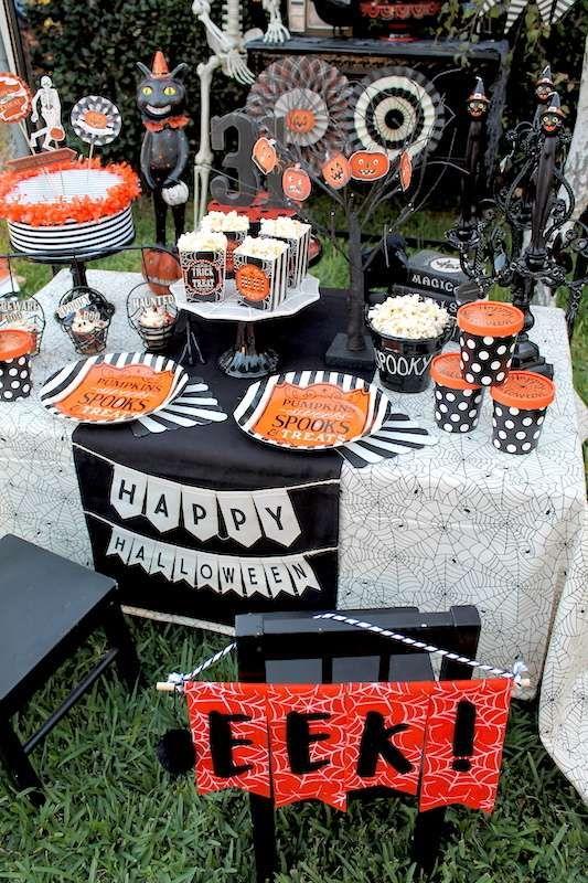 Halloween Halloween Party Ideas Vintage halloween, Halloween - vintage halloween decorating ideas