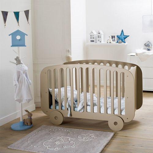 Chambre bébé  comment décorer sa chambre avant son arrivée