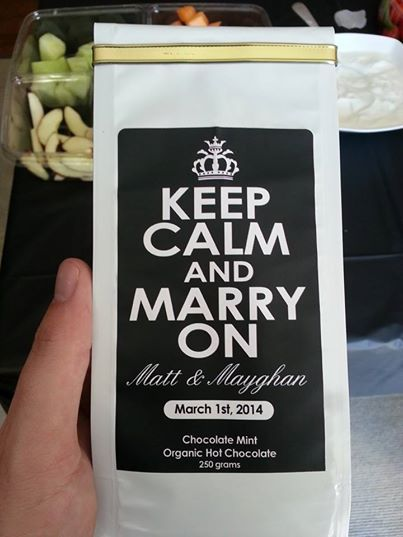 You want your wedding to be unique? Why not start with favors everyone will be raving about! Fully customizable coffee and hot chocolate wedding favors.