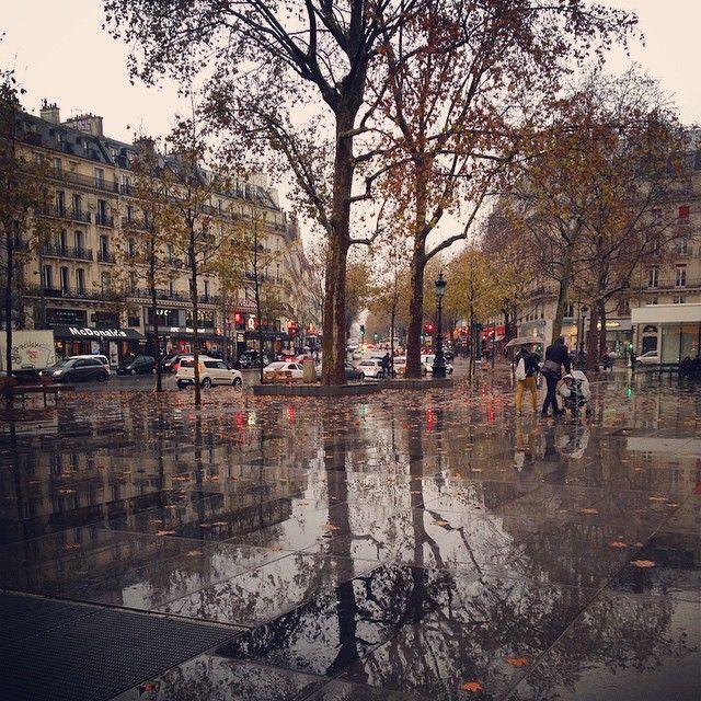 paris rain paris in the rain pictures to pin on pinterest it 39 s raining in paris pinterest. Black Bedroom Furniture Sets. Home Design Ideas