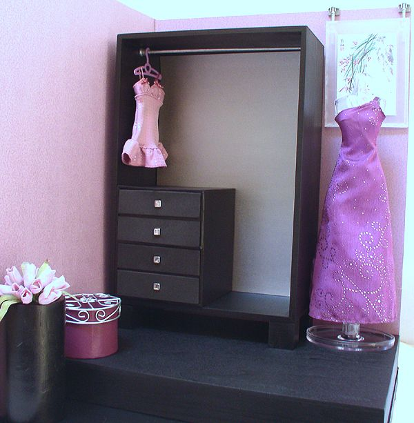 Barbie Furniture Diy: Diy Barbie Closet. Jewelry In The Chest Of Drawers And