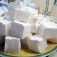 So, they don't look as pretty as the store marshmallows, but I finally found a recipe for making vegan marshmallows that I could add to my recipes that call for marshmallows. Yay!