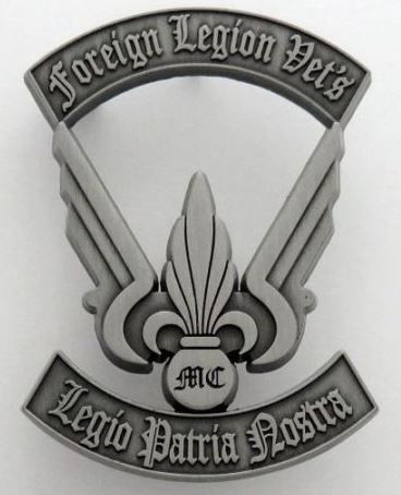 FRENCH FOREIGN LEGION ETRANGERE BADGE 1 REP 1 BEP -NUMBERED - MOTO CLUB VETERANS