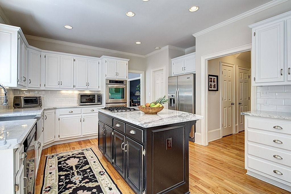 island lv kitchen traditional kitchen u shaped kitchen kitchen on u kitchen with island id=58206