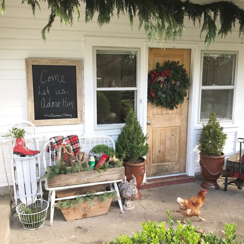 Outdoor porch christmas decorations  Shabby and Charme Un Natale in stile farmhouse  Shabby and Charme