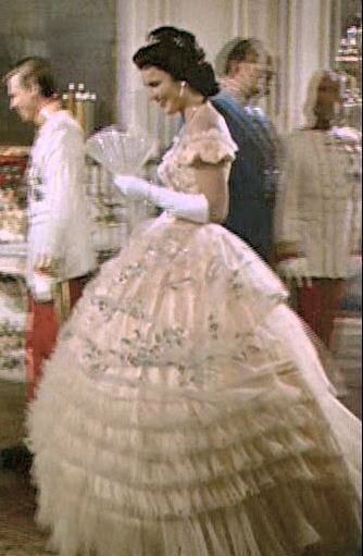 c58b788c5817 Pin by Niknance on Dress the Part 19/20th C. (18 & early1900s)   Dresses,  Flower girl dresses, Fashion