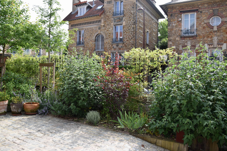 Aménagement d\'un jardin de ville, au coeur de Versailles ...