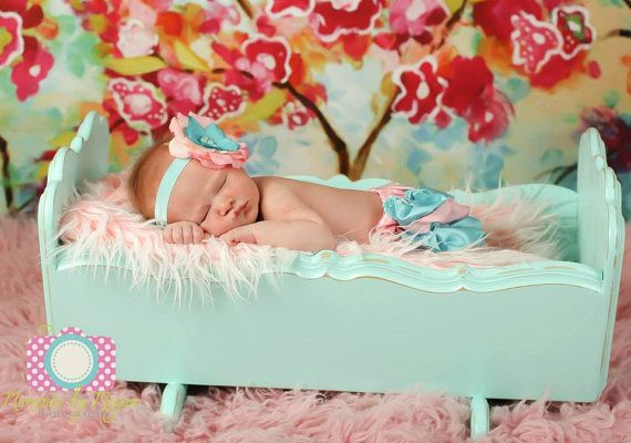 SALE Newborn Prop,Baby Prop, Baby Crib, Doll Crib, Newborn Bed, Prop, Photography Prop on Etsy, $79.00