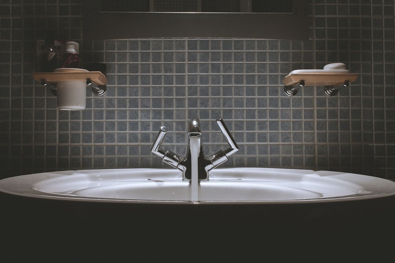 10 Mesmerizing Examples Of Bathroom Faucet ~ Http://walkinshowers.org/best