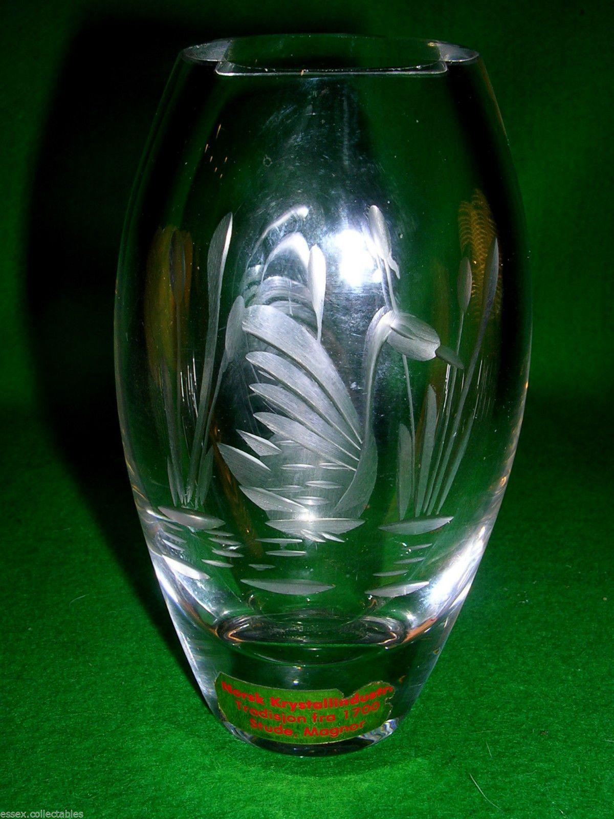 Magnor norwegian glass etched swan reeds vase label vgc swans magnor norwegian glass etched swan reeds vase label vgc floridaeventfo Choice Image