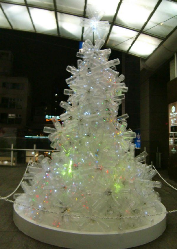 Plastic bottle christmas tree looks like a less regular for Christmas decorations from recycled plastic bottles