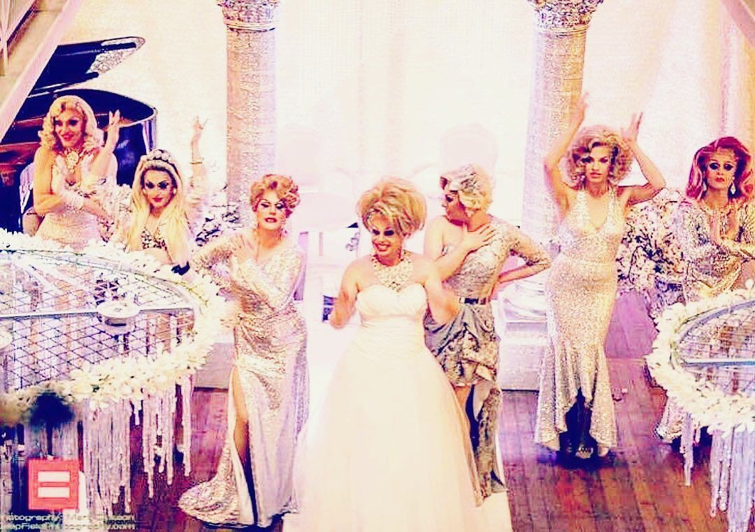 Candy's getting married and here I am with all my bridesmaids...Leos did a runner  #dragqueens #dragqueenwedding #dragqueendivas #dragqueensofinstagram #fashion #weddingdress #style #instafashion #instadragqueen #welovequeens #photography #photooftheday #iammarried