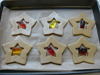 Seasonal Stained Glass Effect Biscuits Cookie Ideas Biscuits