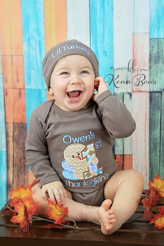 Items similar to Baby's First Thanksgiving Outfit, Personalized First Thanksgiving Shirt, Brown Bodysuit, Lil Turkey Baby Beanie Hat, My 1st Turkey Day on Etsy